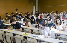 Estudian utilizar detectores de Wifi y Bluetooth para evitar copiar en las PAU