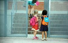Els alumnes de l'escola del Pinell de Brai tornen a classe