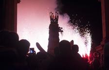 Foc, balls i gran fervor al dia gran de les festes en honor a la Mare de Déu