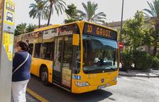 La línia 10 del bus urbà, en una imatge d'arxiu.