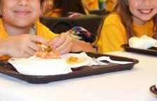 Se pone en marcha la recogida de alimentos por los almuerzos y meriendas de los niños necesitados