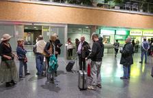 Passatgers procedents d'un vol d'Eindhoven, en una imatge d'arxiu.