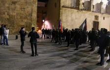 Pla obert de la concentració antifeixista convocada per Arran en motiu del 78è aniversari de l'entrada de les tropes franquistes a Tarragona.