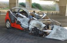 El cotxe es va cremar la matinada del passat dia cinc cap al dia sis de gener.