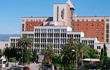 La fachada del centro hospitalario.