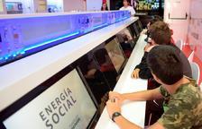 El Aula Móvil de Fundación Repsol acerca el mundo de la Energía a los escolares de Tarragona