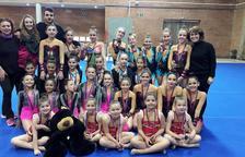 El Club Rítmica El Vendrell consiguió unos buenos resultados en los Juegos Escolares de Gimnasia
