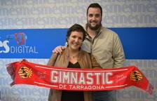Recogen el premio de la bufanda del Nàstic del partido contra Valladolid Nàstic
