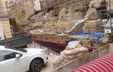 Aspecte que oferien ahir les obres, amb presència de murs de totxo on es faran les noves grades.