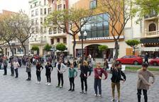 La companyia basca Dantzaz omple de dansa els carrers de Tarragona