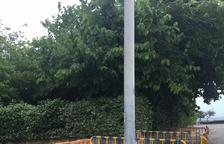 Un vecino de Coma-ruga denuncia mal estado en calles adyacentes al paseo