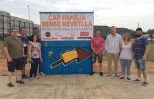 Diversos empresaris de Calafell regalen petards, refrescos i coca de Sant Joan a les famílies en risc d'exclusió