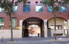 Façana del quarter de la Guàrdia Civil a la Travessera de Gràcia de Barcelona