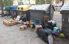 Estat dels contenidors en una imatge d'aquest diumenge.