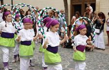El pasacalle da paso a los actos más tradicionales de Santa Rosalia