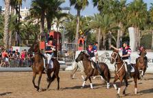 Salou cierra el Mercado Medieval con el primer Torneo de Horseball