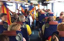 Los independentistas tarraconenses ya son en ruta hacia Barcelona con 34 autobuses