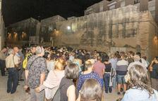 Més d'un centenar de persones coneixen el Constantí medieval en una caminada nocturna