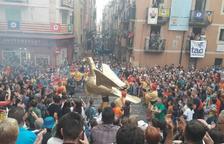 El Séquito Popular, en marcha por el centro de Tarragona