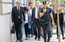 L'alcalde de Tortosa, Ferran Bel, en el moment que arribava a la Fiscalia General de l'Estat.
