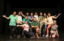 El teatre de petit format porta 'El dia més foll' al Morell