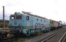 Arriben dues locomotores dels anys 50 per al projecte de tren Caspolino