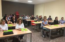 Una vintena de veïns del Morell participen un curs de màrqueting, xarxes socials i negocis