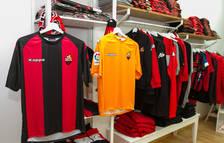 La esperada camiseta del Reus se pone en venta sin patrocinador