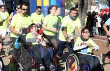 La cursa de la URV omple el moll de costa de solidaritat