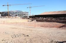 Imatge de l'espai on es construirà la piscina olímpica de 50 metres de l'Anella Mediterrània.