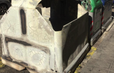 Imagen de archivo de un contenedor quemado.