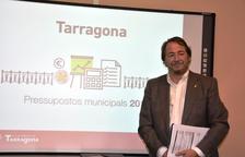 El concejal de Economía e Hisenda del Ayuntamiento, Pau Pérez, durante la presentación de los presupuestos municipales.
