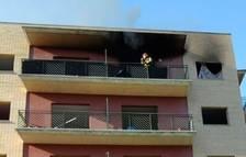 Crema un matalàs en un pis deshabitat a Constantí