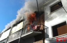 El fuego ha quemado una de leshabitacions de la vivienda