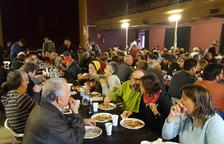 La Festa de l'Oli de Riudecanyes reparteix més de 400 esmorzars