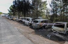 Els cotxes cremats a l'estació de l'AVE podrien haver estat forçats