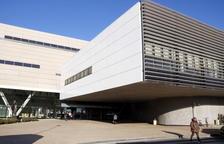 Pla general de l'accés principal a l'Hospital Sant Joan de Reus. Imatge del 18 de gener del 2018