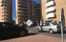 La camioneta s'ha accidentat a la rotonda de l'Avinguda de Països Catalans amb Alcalde Joan Bertran.