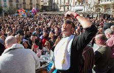 Wegrzyn bat tots els rècords i engoleix a Valls més de 5 quilos de calçots
