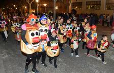 La comparsa de la Llar d'Infants, guanyadora de la rua de Carnaval del Morell