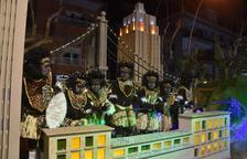 'Los reciclados' triunfan al Carnaval de Torredembarra