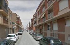 Detenen quatre homes per vuit robatoris amb força a Tarragona