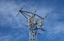 Endesa inverteix 104.000 euros en tancar una anella elèctrica soterrada al Baix Penedès