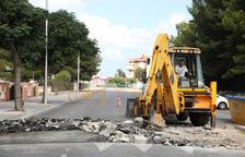 Veïns del carrer Riu Siurana demanen mesures per evitar accidents de cotxes