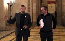 Campdepadrós anuncia que li han entregat més requeriments del TC a la Mesa del Parlament