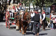 150 caballos desfilan por las calles de la ciudad