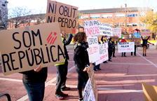 Los guardia civiles investigados por las cargas en la Ràpita sostienen que actuaron para defenderse