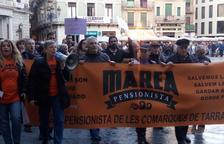 Els pensionistes de Reus s'han manifestat a la Mercadal