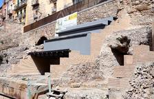 Aspecto del Circo, una vez se ha puesto el primer tramo de las gradas que cubrirán parte del monumento.