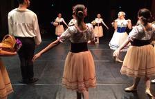 La Cía. Corales estreno el espectáculo 'En clave de mujer' en el Teatre Bartrina
